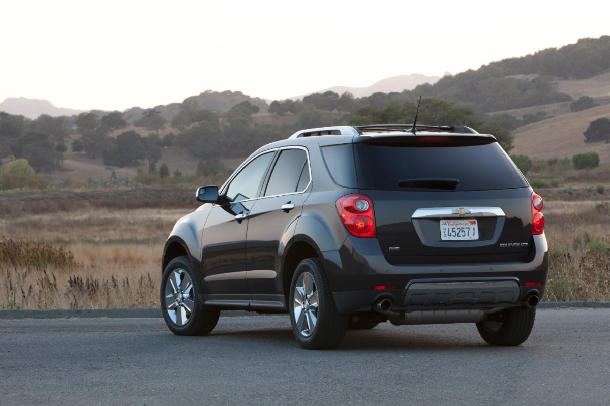 2013 chevrolet equinox offers plenty of cushion pushin gaywheels. Black Bedroom Furniture Sets. Home Design Ideas