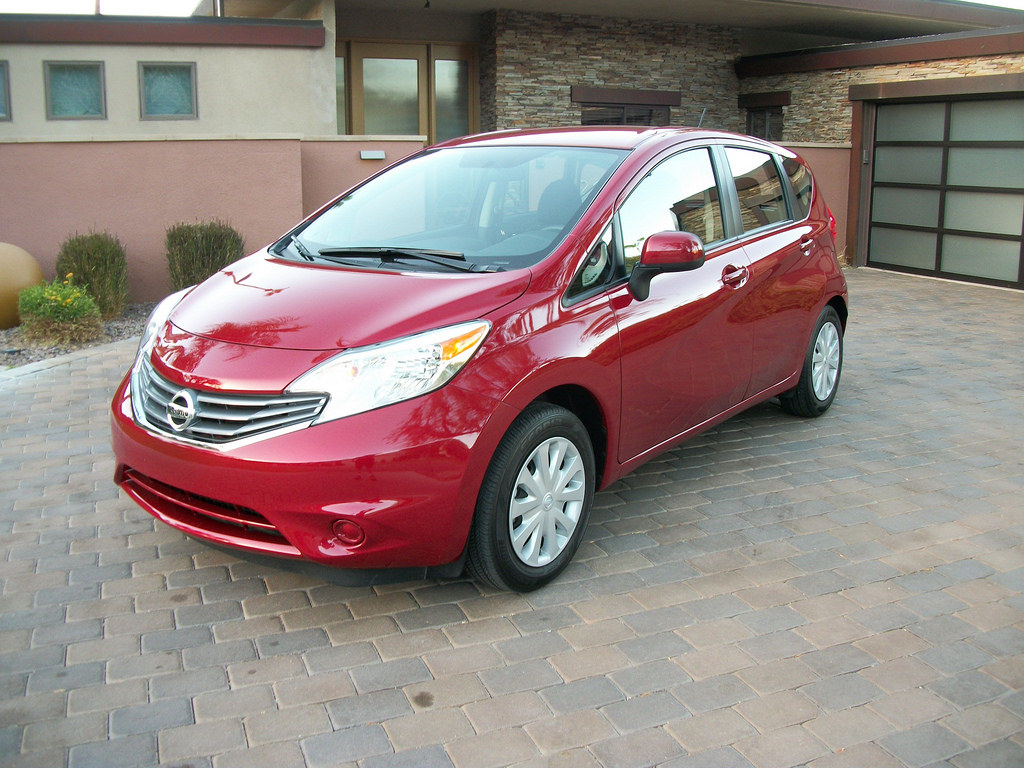 2014 Nissan Versa Note (photo by Jeff Stork)