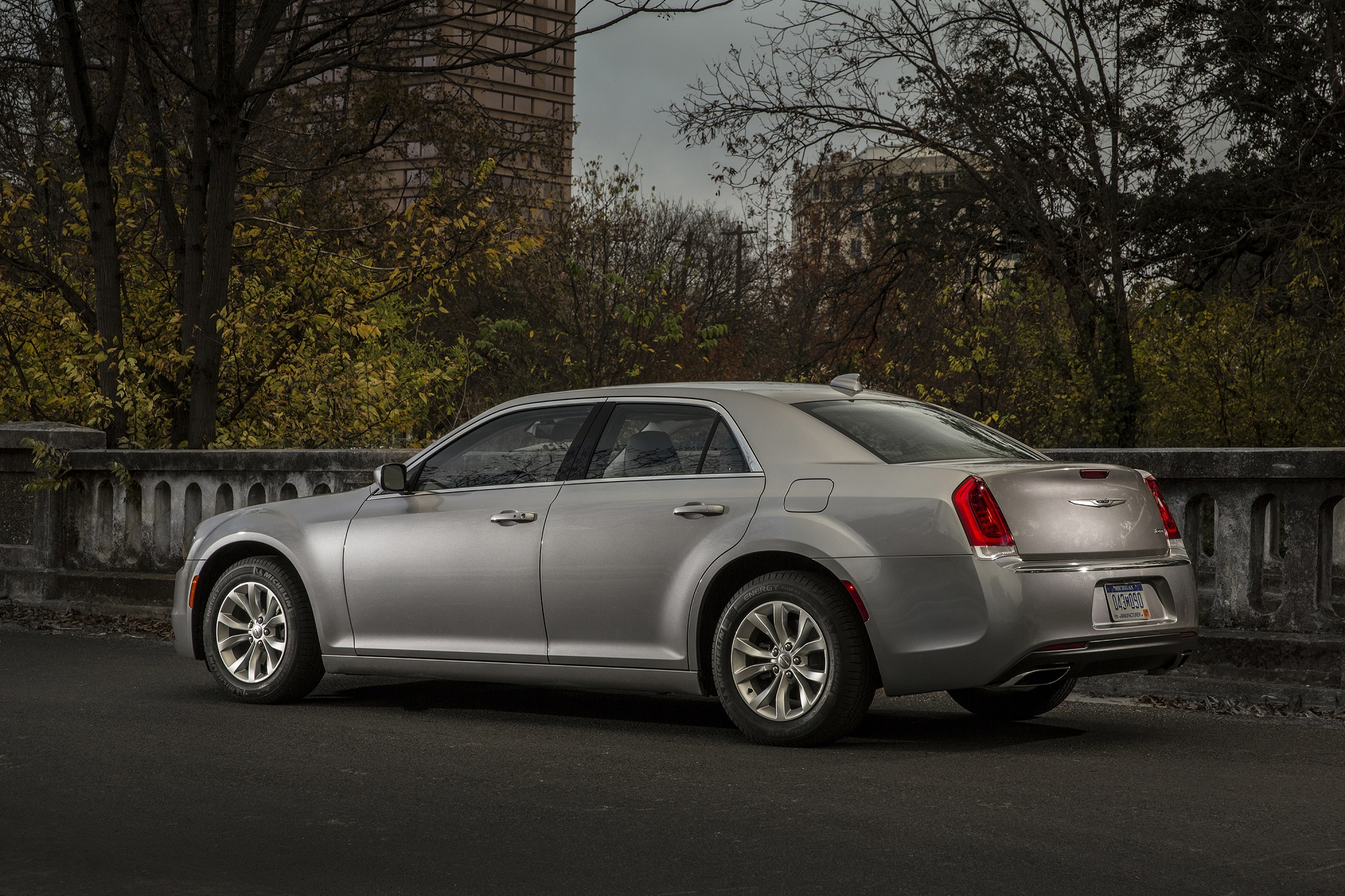 that 39 s so gay 2016 chrysler 300 is big and thick and i love it gaywheels. Black Bedroom Furniture Sets. Home Design Ideas
