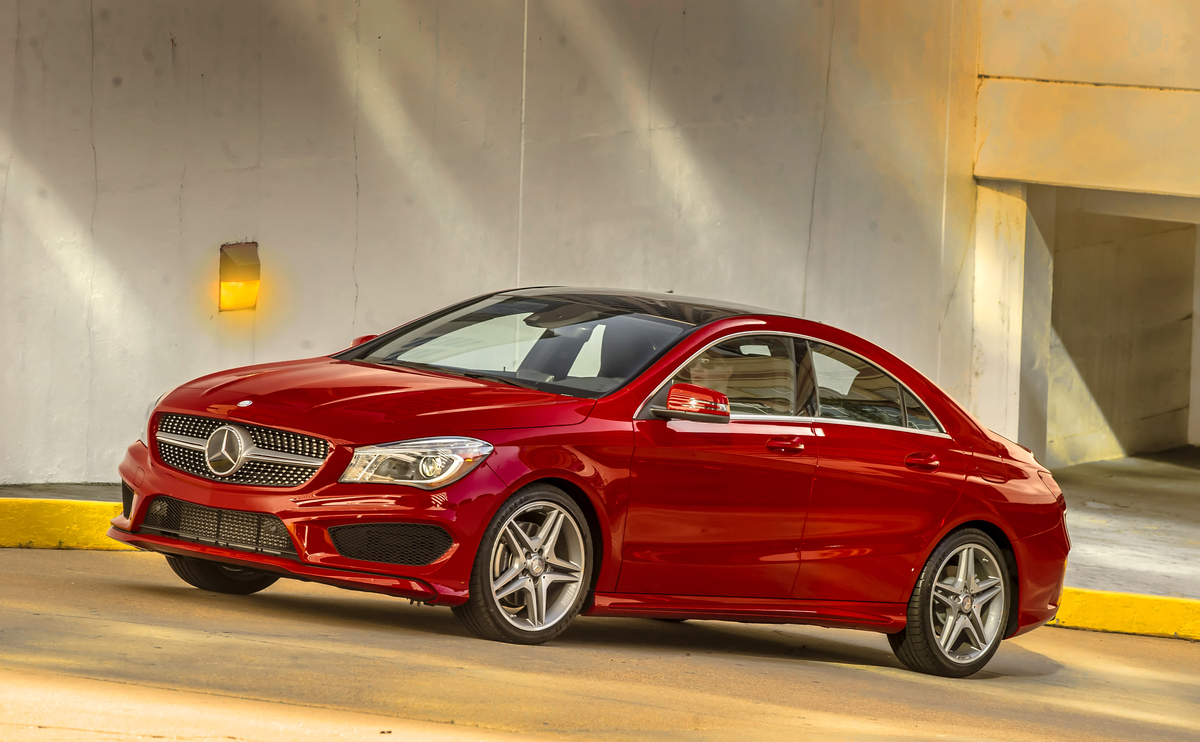 2017 mercedes benz cla inherits the brand 39 s small car for Mercedes benz small cars